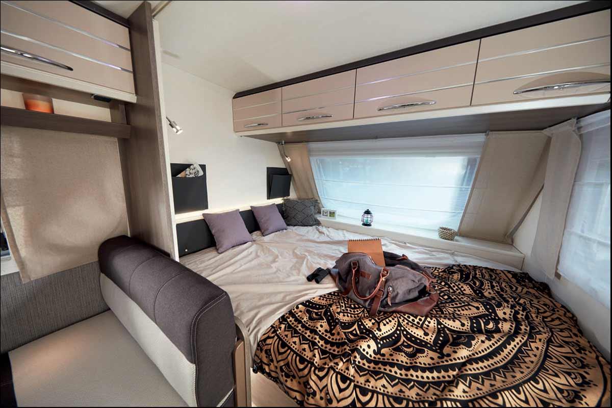 Wohnwagen Etagenbett Sterckeman : Sterckeman pe mit er oder etagenbett festbett radträger